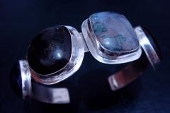 /Ana-Four/ Sterling Silver Bracelets / Dimension 6.5 x 5.5 x 3.0 cm Amethyst 2.4 x 2.3 cm, Serpentine 2.4 x 2.3 cm, Moss Agate 2.4 x 2.3 cm, Serpentine 2.4 x 2.3 cm