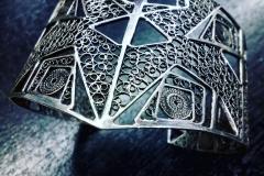 /Geo-V/ Sterling Silver Filigree Bracelets / Dimension 6.0 x 5.0 x 5.0 cm