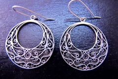 /Application 2/ Sterling Silver Filigree Earrings / Dimension Round 1.8 x 3.6 x 1.6 cm