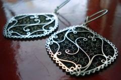 Sterling Silver Filigree Earrings / Earrings EA 00036 Dimension 1.8 x 3.8 x 3.5 cm