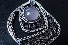 Sterling Silver Filigree Pendant / Dimension 5.1 x 3.1 cm / NE 00054