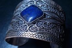 Sterling Silver Filigree Bracelets / Dimension 7.0 x 5.0 x 5.0 cm Lapis Lazuli 1.0 x 1.0 cm / BR 00022