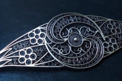 Sterling Silver Filigree Brooches / Brooch a line Wedding Dresses Dimension 12.5 x 4.0 cm / BRO 00030