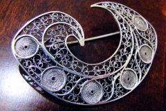 /Application 4/ Sterling Silver Filigree Brooches / Dimension 7.0 x 4.0 cm
