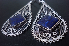 /Magnetic Lapis/ Sterling Silver Filigree Earrings / Lapis Lazuli 1.0 x 1.0 cm / Dimension 1.8 x 5.0 x 3.0 cm
