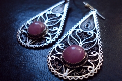 / IX / / Sterling Silver Filigree Earrings / Macedonian Ruby round 1.0 cm /  Dimension 1.8 x 5.0 x 3.0 cm