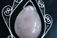 /Rose/ Sterling Silver Filigree Pendant / Rose Quartz Dimension 7.0 x 4.0 cm