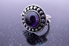 /AmD-Round/ Sterling Silver Filigree Rings / Dimension 2.0 x 0.4 cm / Amethyst round 1.0 cm